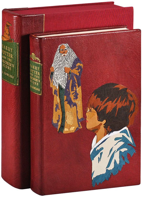 HARRY POTTER AND THE SORCERER'S STONE. J. K. Rowling, Marie Grandpré, novel, illustrations.